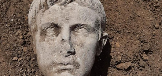 Archaeologists in Italy Unearth Marble Bust of Rome's First Emperor, Augustus